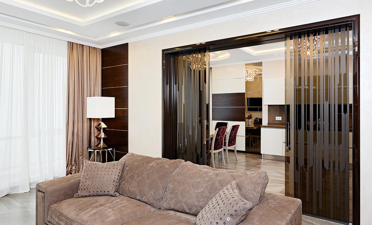 Купить раздвижные двери Киев в сети салонов дверей Aprio