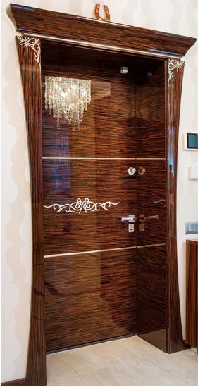 Цвет: Шпон «Зебрано» Отделка:трафарет, хромированные вставки; Дверной блок: под заказ. Салон элитных дверей «APRIO» Киев